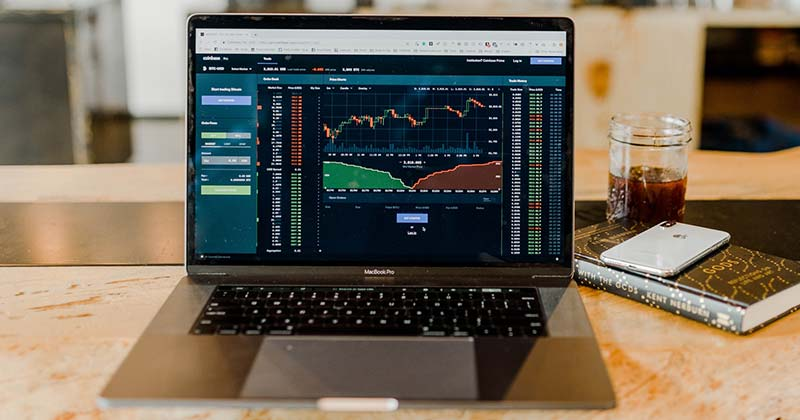 Options day trading from your laptop